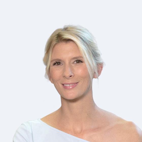 Visuel d'Hélène Gateau, présentatrice sur Ushuaïa TV