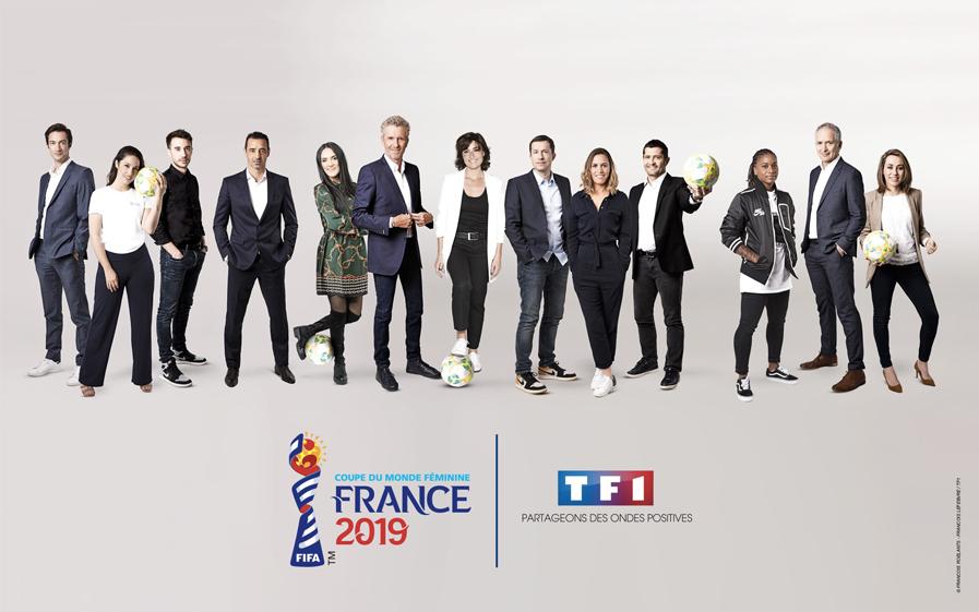 Faites partie du public du Mag de la Coupe du Monde de football féminin avec Denis Brogniart